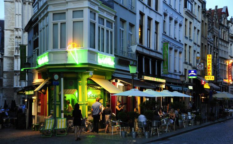 Weekend Antwerpen? Dit zijn de 12 beste cafés en bars van de stad