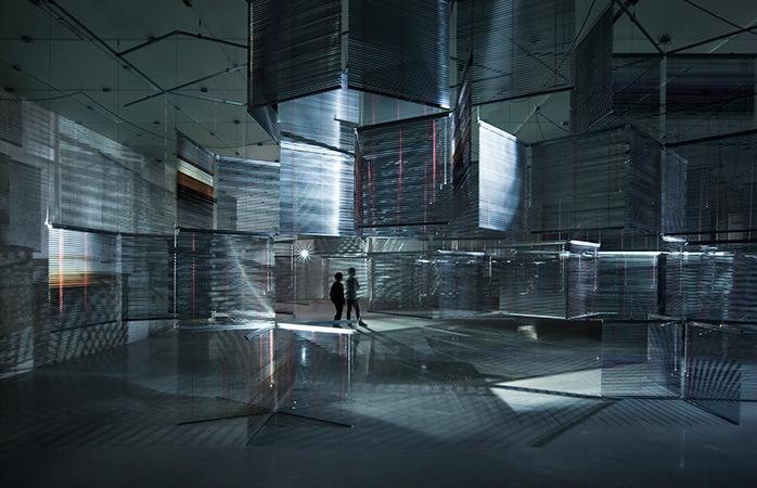 Ga uitgebreid kijken naar de kunstvoorstellingen tijdens de Biennale van Sydney