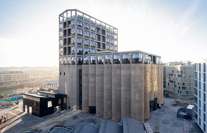 Het Zeitz Museum of Contemporary Art Africa is de meest recente speler in de mondiale kunstwereld